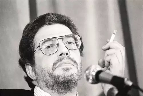 Italian film director Ettore Scola dies at 84