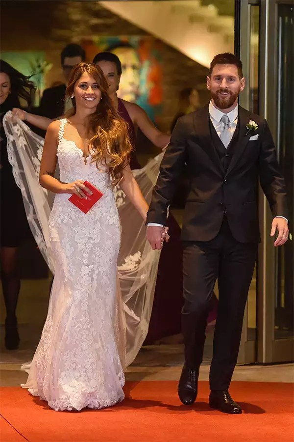 Lionel Messi marries childhood sweetheart Antonella Roccuzzo in 'wedding of the century'