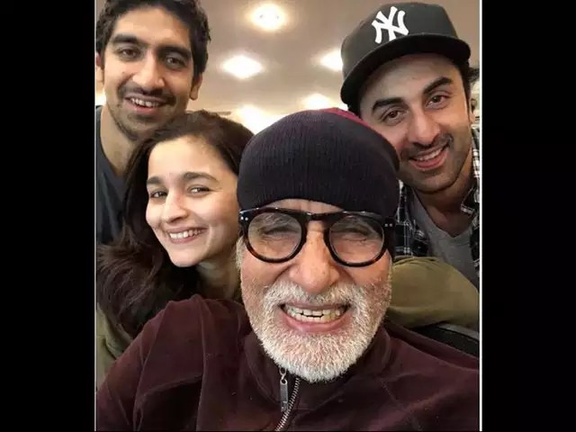 Amitabh Interested In Acting With Younger Generations-tnilive-telugu movie news latest nri nrt news america global news