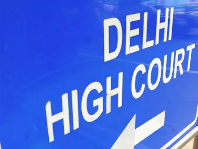 Don't Take Action Till Panel Formulates Policy On Cabs Hc