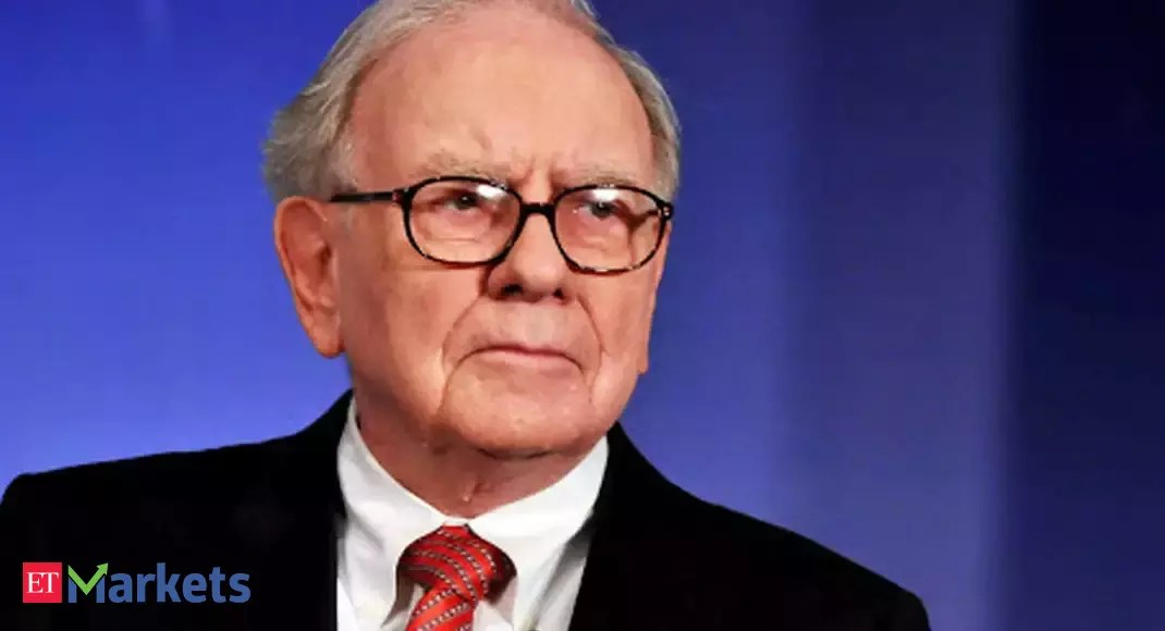 Warren Buffett says better economic recovery clouded airlines decision