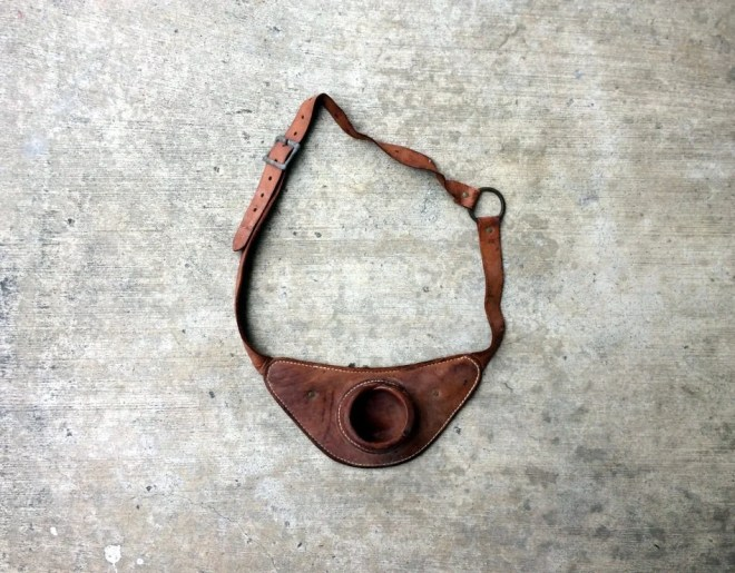 Pole Pouch -- Leather bel...