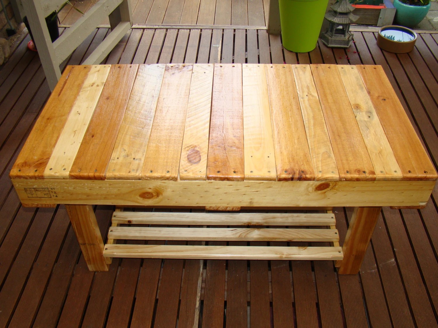 Winston Woodworks Wooden Pallet Coffee Table Rectangular