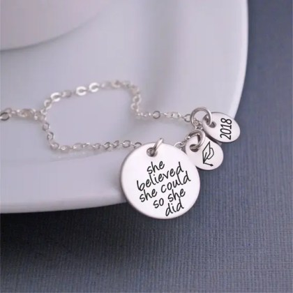 These are the most perfect Graduation Gifts For Her!