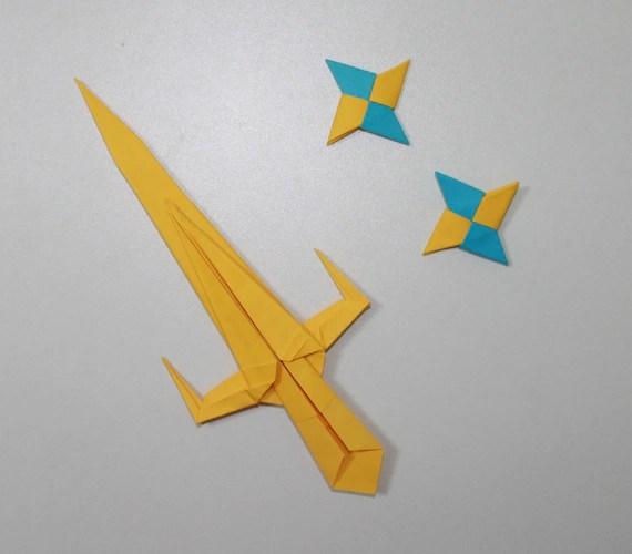 Easy Origami Ninja Weapons