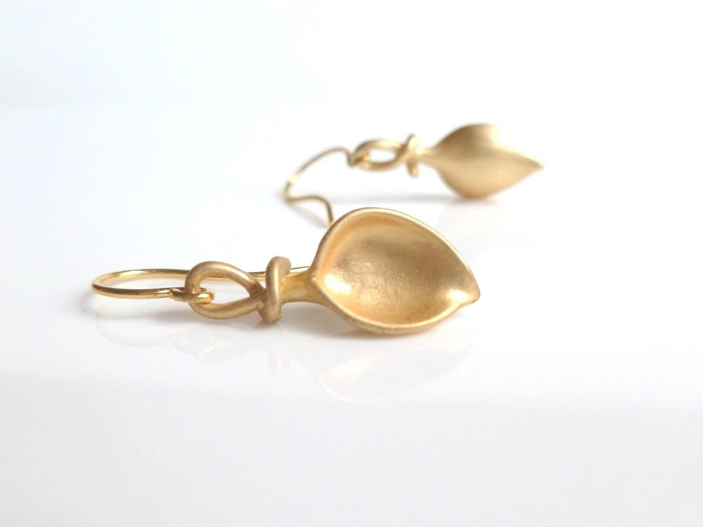 Little Gold Lily Earrings small elegant matte gold twisted
