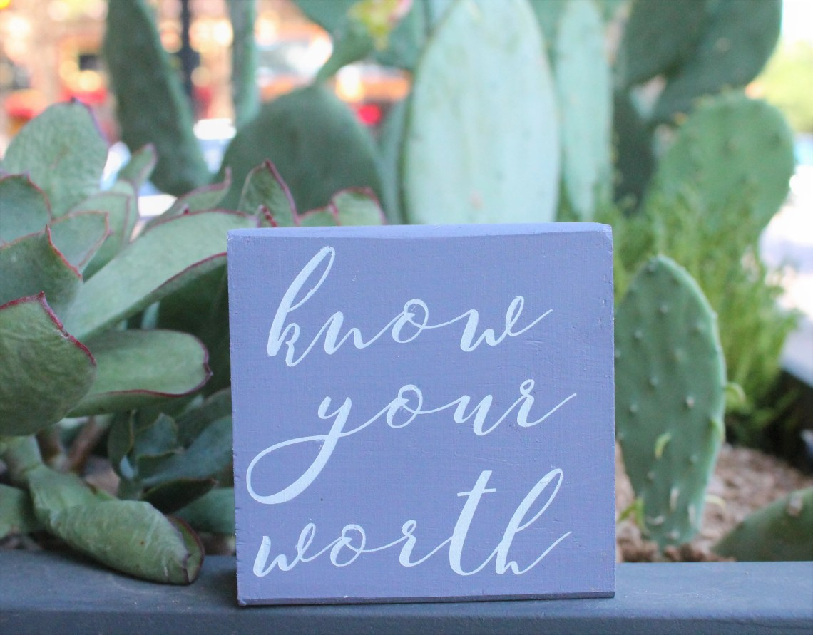 Know your worth - Small 3...