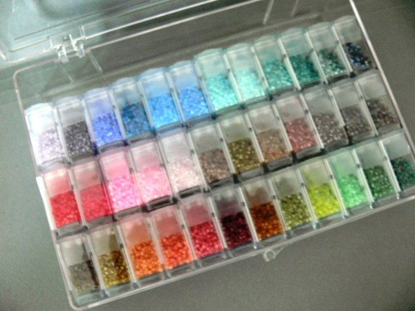 Gr Miyuki Delica Mix 11 0 Japanese Seed Beads In Clear