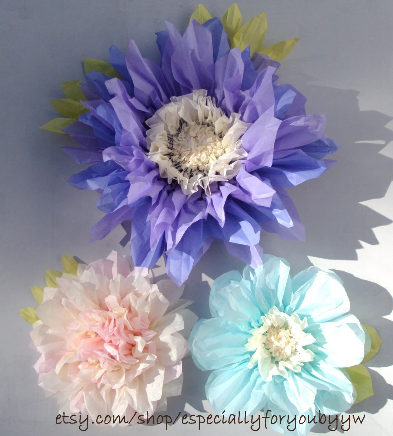 Set Of 3 Giant Paper Flowers Lilac Perfect Decorations For
