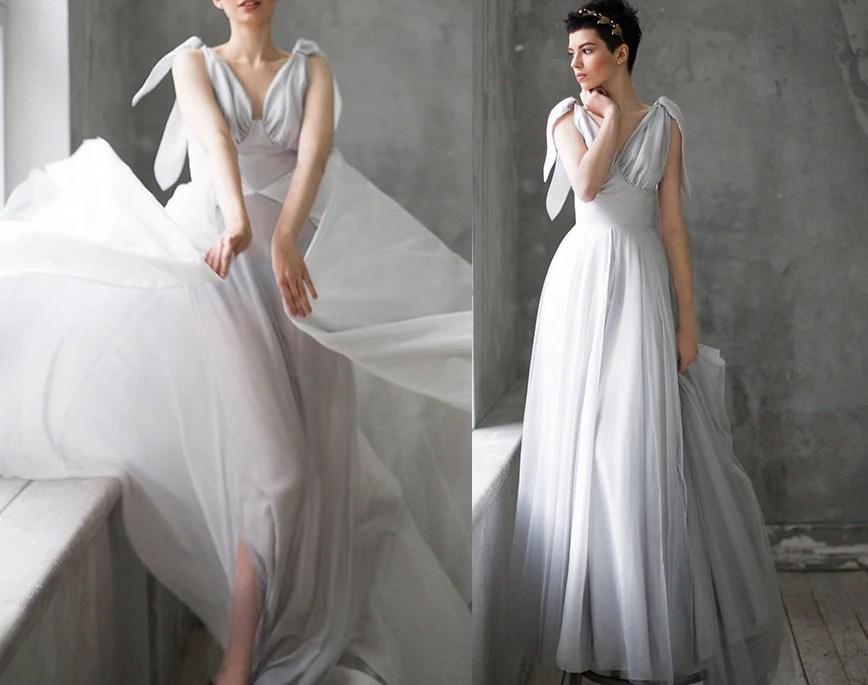 Aminta / Lightweight Wedding Dress Dramatic Wedding Dress