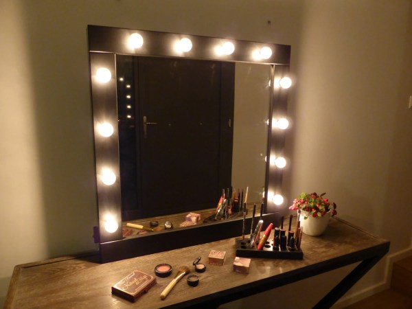 Vanity Mirror With Lights Makeup Wall Hanging