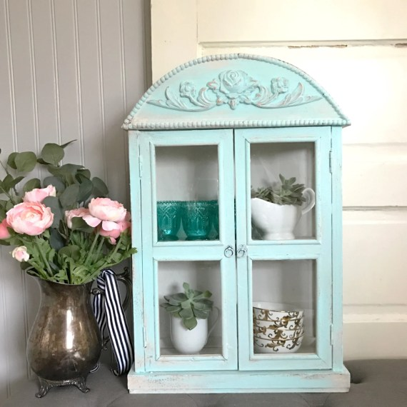 Shabby Chic Mini Display Cabinet
