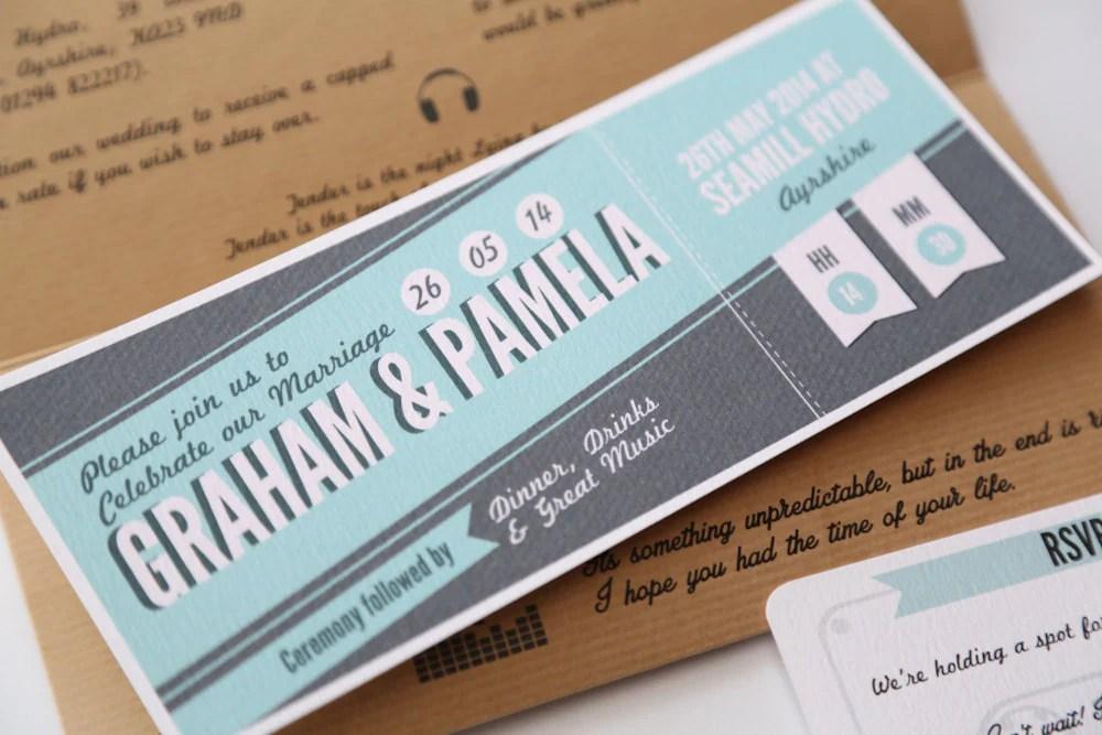 Liebhaber von MusikKonzertTicket Hochzeit Einladung Design A