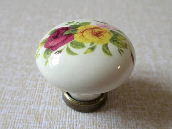 Pomelli in ceramica  armadio da cucina manopole  com