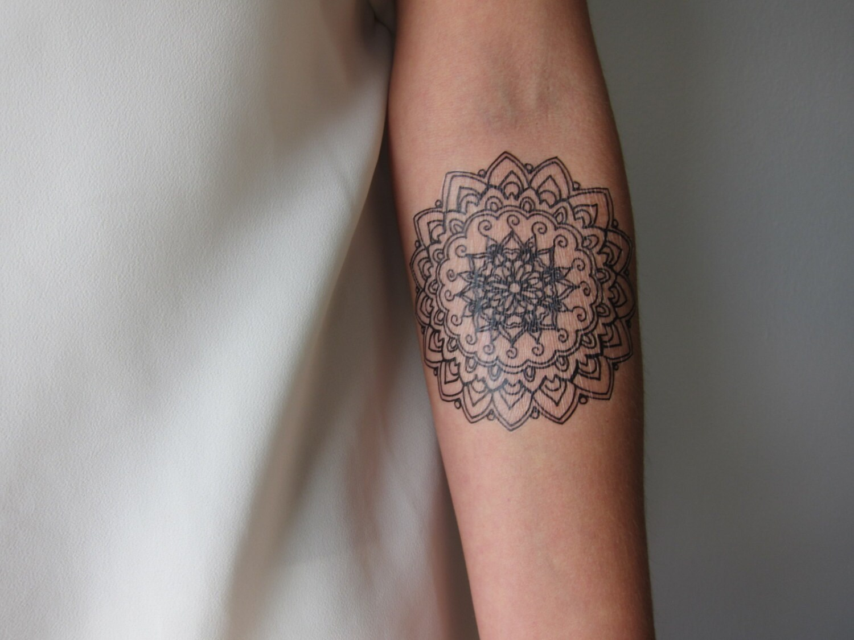 small mandala hand drawn temporary