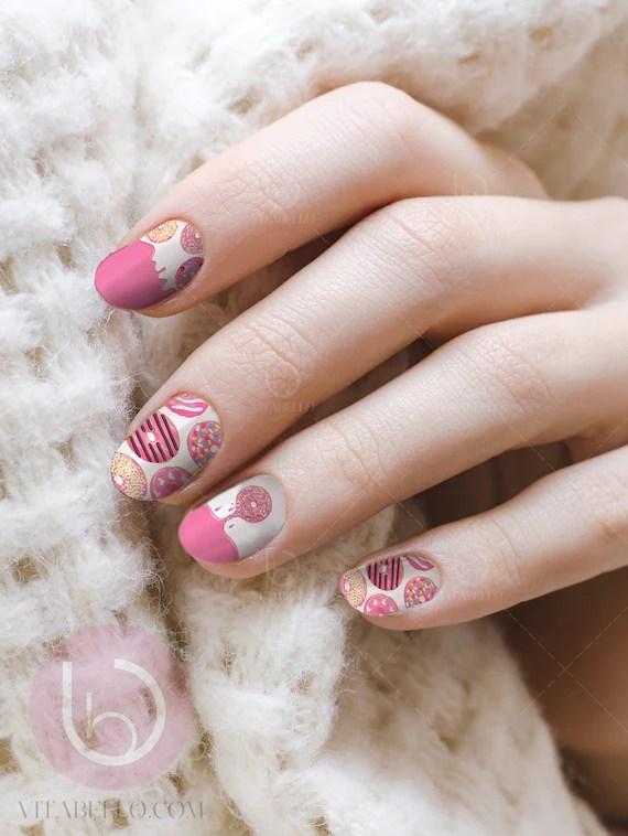 donuts nail art waterslide