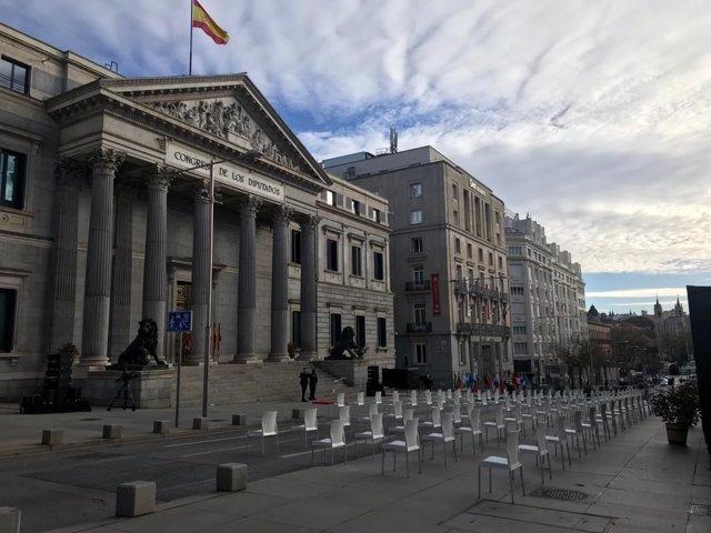 Todo preparado en la Carrera de San Jerónimo para el acto del Día de la Constitución, el 6 de diciembre de 2020