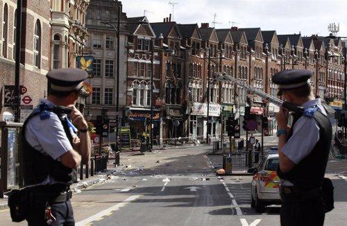 Calle Cortada En El Sur De Londres Tras La Ola De Disturbios