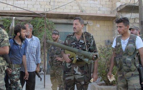 Rebeldes sirios equipados con misiles antiaéreos en la ciudad de Alepo