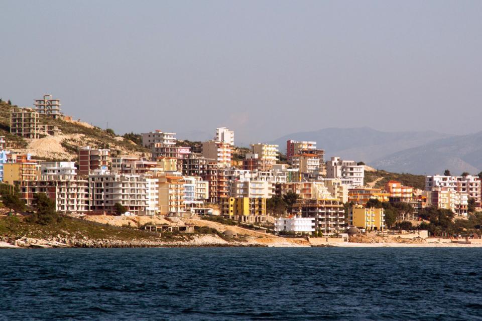 La costa adriatica  Albania
