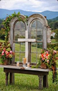 Unique Alternative Ideas for Decorating the Altar for a ...