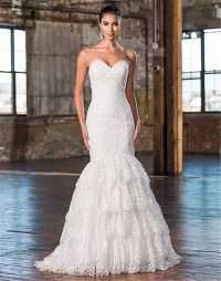 Wedding Dresses for Big Busts: Tips and Top Picks ...