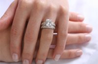 Do You Wear Your Engagement Ring on Your Wedding Day ...