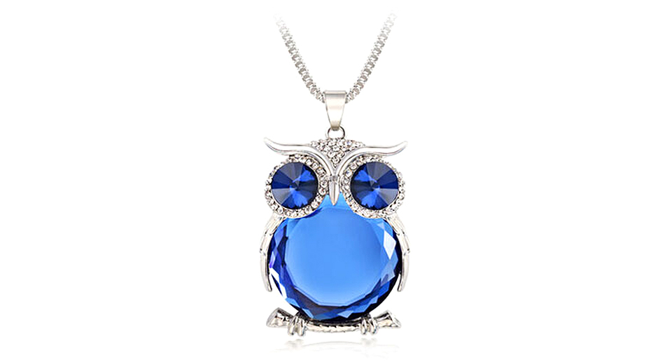Owl Design Hollow Out Crystal Sweater Pendent Necklace