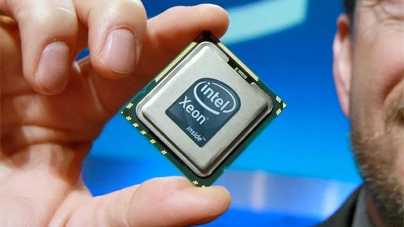Intel tenta ultrapassar a AMD baixando o preço dos chips para servidores