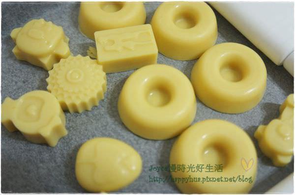 潤膚餅配方分享:不加精油就有淡淡香氣的「薰衣草寶貝潤膚膏」