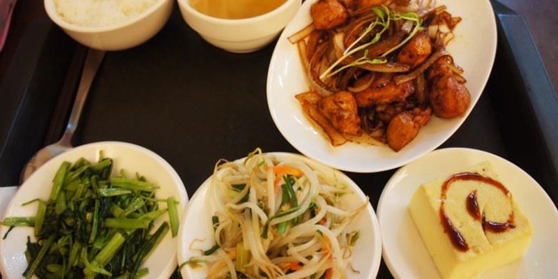 台中南屯便當|加利利小館~充滿家常味的平價簡餐餐廳 選擇豐富 招牌菜色紅燒獅子頭 晚來吃不到喔