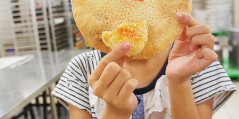 [台中親子]中區∥新太陽堂餅店~酥餅DIY:親子手作糕餅體驗 傳統酥餅自己做 親子小旅行的新玩法