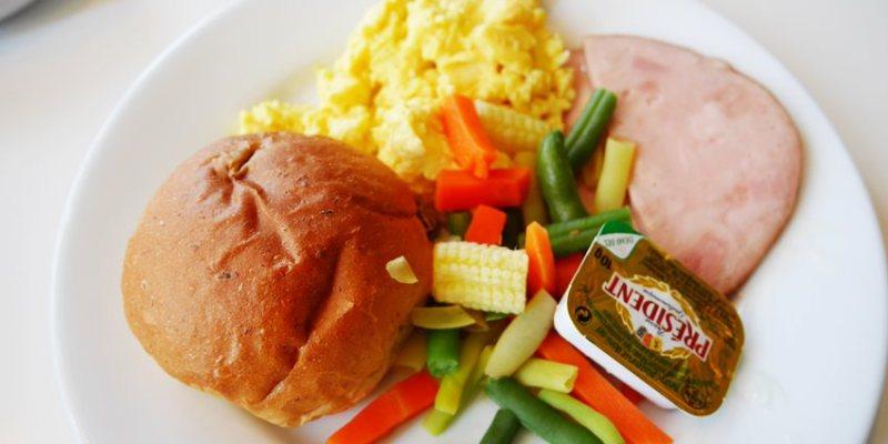 台中IKEA早餐~中西式銅板早餐 飲料無限續杯 平價早午餐 環境舒適 停車方便