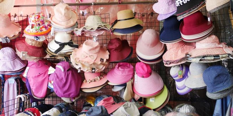 台中逛街︱超值帽子、雨傘、圍裙哪裡買?第三市場啊!(信義南街、民意街文創市集)