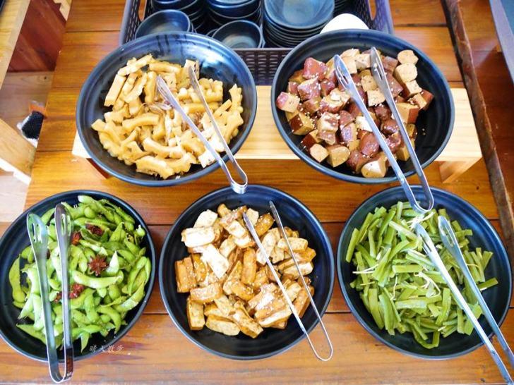 20200208160219 2 - 熱血採訪 遇見和食興大店~點套餐附自助沙拉吧小菜吃到飽,平日免服務費,近中興大學的聚餐好選擇