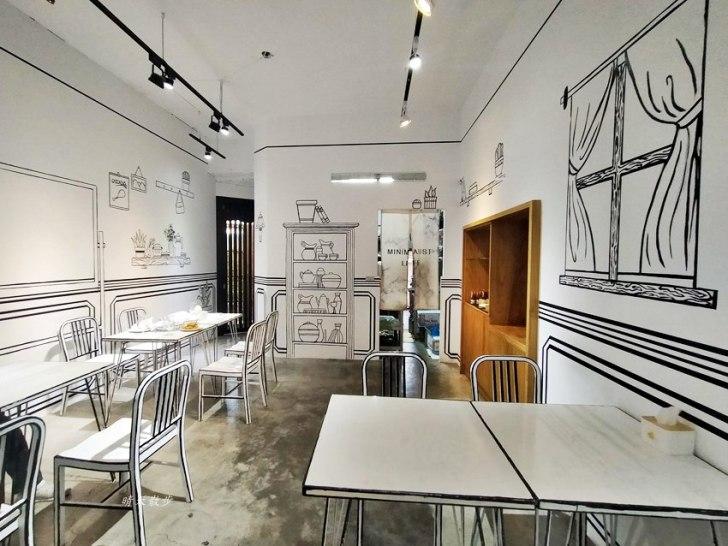 20200331230002 82 - 一起ㄔ雞~黑白漫畫風格的美式炸雞店,飲料、炸雞、炸物、簡餐通通有,還有炸全雞,近審計新村