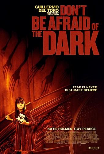 Don't be afraid of the dark dans Vu en DVD don-t-be-afraid-of-the-dark-affiche-4ef1febcc7d6e