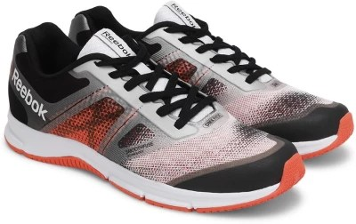 Reebok QUICK WIN Running Shoes(Black, Red, Silver)