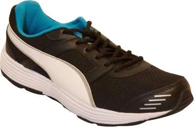 Puma Puma Harbour DP Running Shoes(Black, White)