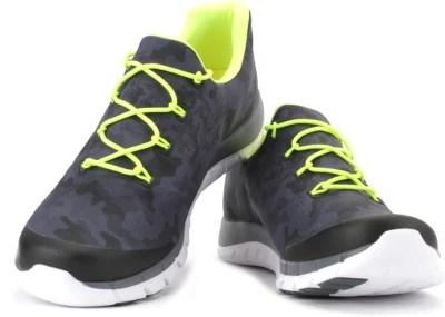 Reebok ZPUMP FUSION CAMO Men Running Shoes(Grey)