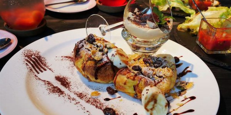 【台南市-中西區美食】在英倫的法式饗宴裡,品著主廚優雅的甜點及早午餐,一場『臉紅的相遇T.F.P』即將展開~~~L(*OεV*)E