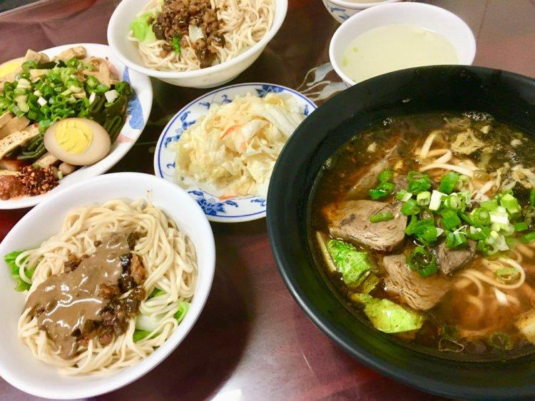 台南安南區美食│在地牛肉麵與家常麵館老店,每天來吃也不膩的好味道