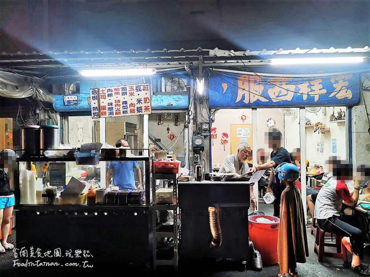 台南新營美食│巷弄裡的好滋味,深夜時段客人一樣絡繹不絕