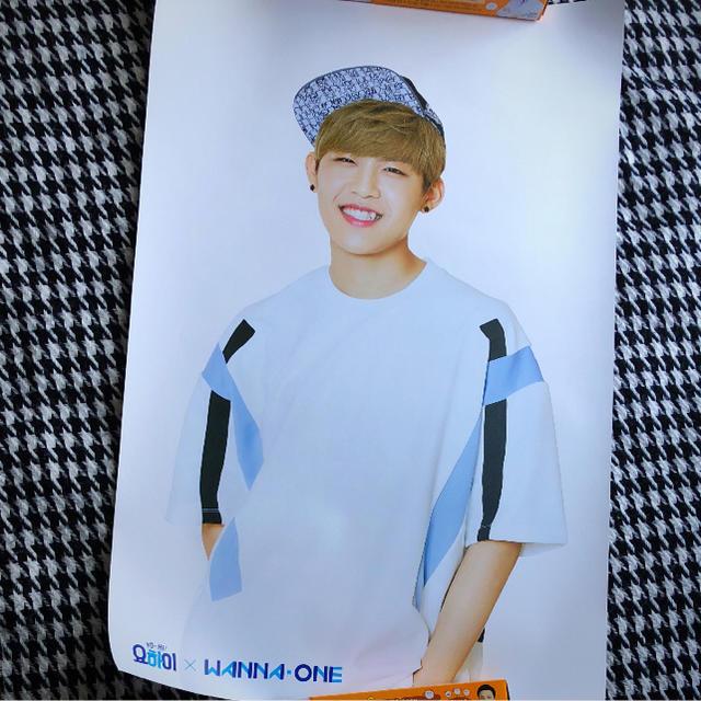 Wanna One ワナワン パクウジン ヨハイ ポスターの通販 by Ksmile shop|ラクマ