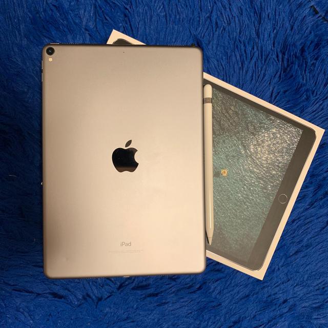 iPad - iPad Pro10.5の通販 by ズングリ's shop アイパッドならラクマ