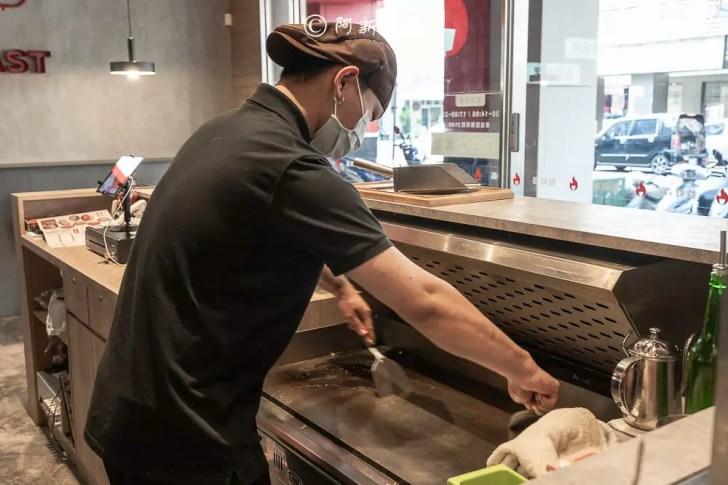 DSC01337 - 熱血採訪│森森燒肉新品牌!台中第一間鉄鮮森!一人燒肉+鐵板燒的新鮮組合,還有限時買一送一
