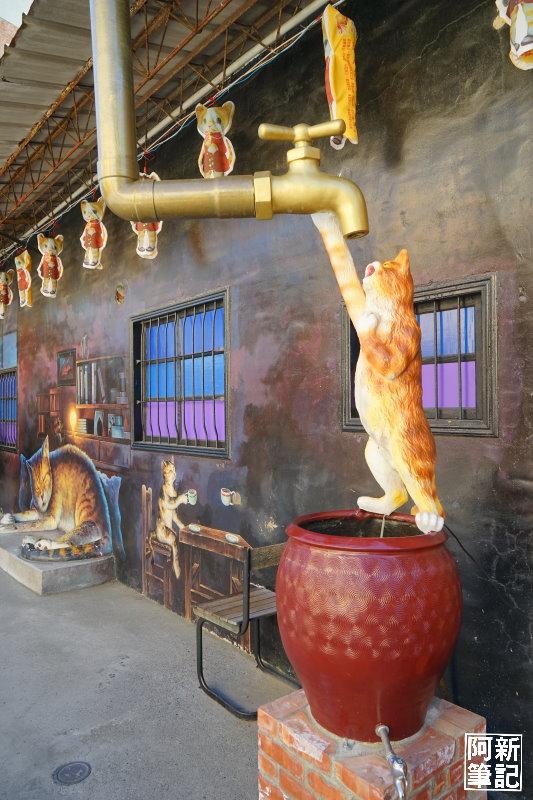 虎尾屋頂上的貓-24