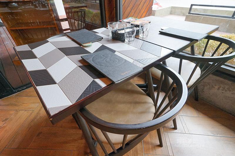 黑浮咖啡台中公益店-15