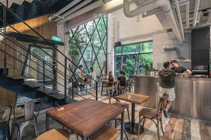 DSC00555 - Workshop Tea Room & Foods|台中超好拍歐洲茶罐打卡牆,建築黑色質感必拍,店家全天候供餐!