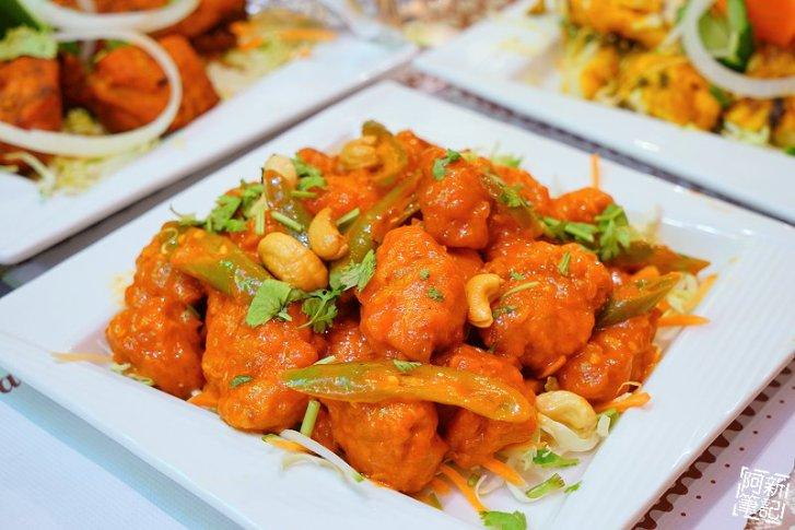 DSC00907 - 【熱血採訪】斯里瑪哈印度餐廳|隱藏公益路美食,道地印度料理超夠味,推薦印度蒜味烤餅、印式棒棒腿、蒜味羊肉咖哩~